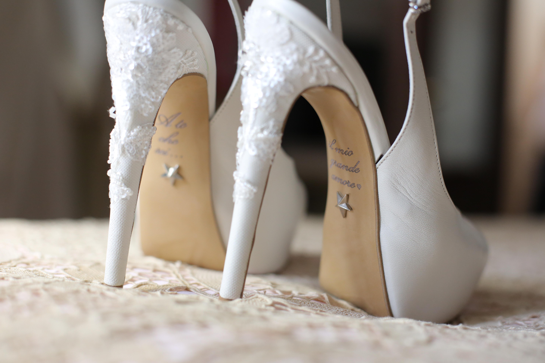 Scarpe Di Sposa.Le Scarpe Da Sposa Fra Comodita E Moda Obiettivi D Arte